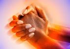 Especialistas estudam efeitos da espiritualidade à saúde do brasileiro - Thinkstock
