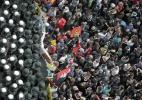 Polícia e manifestantes se enfrentam em protesto contra bancos na Alemanha - Fredrik von Erichsen/AFP