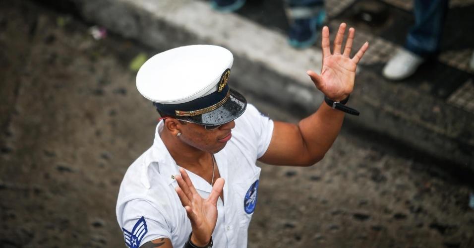 2.jun.2013 - Manifestante se fantasia de marinheiro durante a 17ª edição da Parada Gay de São Paulo, realizada na avenida Paulista, região central da capital