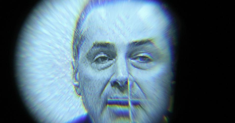 5.jun.2013 - O advogado Luís Roberto Barroso é sabatinado na CCJ (Comissão de Constituição, Justiça e Cidadania). Indicado pela presidente Dilma Rousseff, se aprovado assumirá a vaga deixada pelo ministro Carlos Ayres Britto no STF