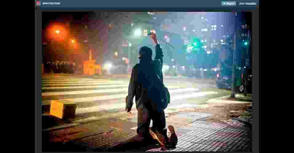 #ProtestoSP (http://protestasaopaulo.tumblr.com/). O Tumblr reúne vídeos e fotos sobre a manifestação pela redução da tarifa de transporte em São Paulo - Reprodução