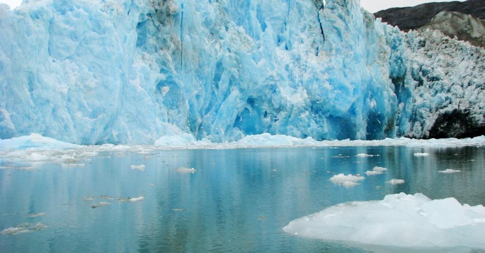 """17.jun.2013 - 2011 - O glaciar Jorge Montt, localizado no Campo do Gelo Sul da Patagônia retrocedeu um quilômetro em um ano """"devido ao aquecimento global e às condições oceanográficas"""", afirmou uma investigação realizada pelo Centro de Estudos Científicos do Chile"""