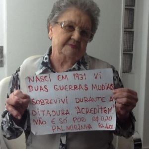 09e88e64ec4fa Manifestantes contam em cartazes quais são suas reivindicações