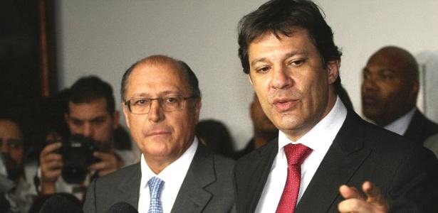O governador Geraldo Alckmin (PSDB) e o prefeito Fernando Haddad (PT) durante anúncio