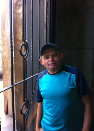 """""""Não faz sentido eles atacarem nossa ocupação"""", disse o sem-teto Antonio Francisco - Gil Alessi/Do UOL"""