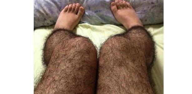 Chinesa inventa meia que imita perna peluda para afastar pervertidos
