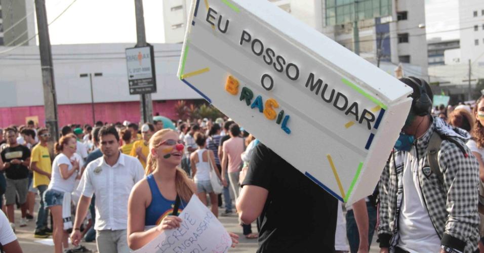 20.jun.2013 - O internauta Felipe Candido registrou a manifestação em Recife, capital de Pernambuco
