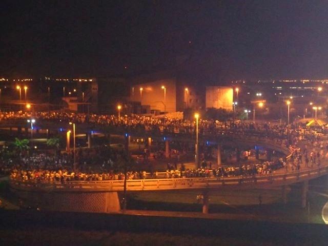 21.jun.2013 - O protesto em Aracaju ocorreu na quinta-feira (20). A internauta Tayanara Menezes Santos estava presente e registrou o ato pelas principais ruas da cidade