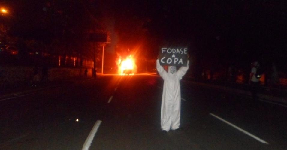 20.jun.2013 - Foto da manifestação em Salvador (BA), na avenida Centenário, enviada por Allan Carlos Aragão