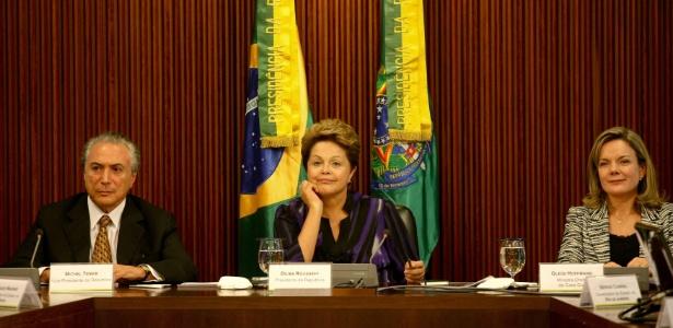 Dilma Rousseff comanda reunião com prefeitos e governadores das 27 unidades federativas em Brasília - Pedro Ladeira/Folhapress