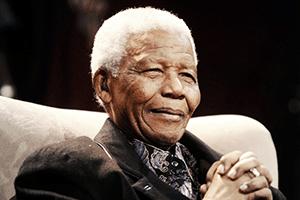 Papa diz que reza para que exemplo de Mandela inspire sul-africanos