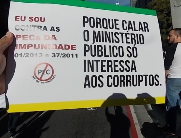 O internauta Cristiano Teixeira de Souza (cristiano-teixeira@hotmail.com) enviou fotos do protesto na avenida Paulista, no sábado, dia 22 de junho