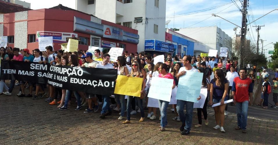 O internauta Marcelo Carlos dos Santos registrou uma manifestação em Adamantina, interior de São Paulo