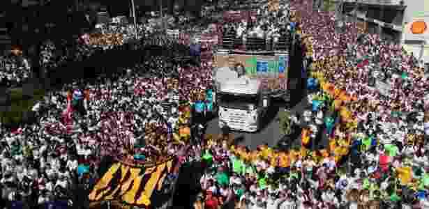 Evangélicos lotam as ruas da zona norte de São Paulo, neste sábado, na 21ª edição da Marcha para Jesus - Gabriela Biló/Futura Press