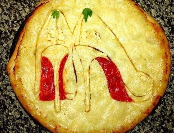 3.jul.2013 - Pizza com imagem de sapatos feita por Domenico Crolla, em Glasgow, Escócia