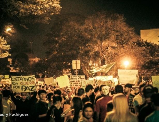 20.jun.2013 - O internauta Amaury Rodrigues registrou protesto em Jacareí (SP).