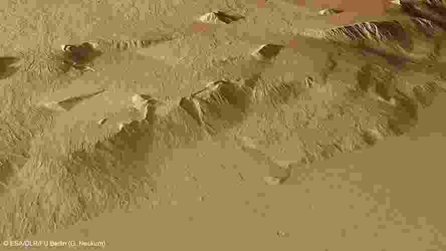 5.jul.2013 - Vulcão do Monte Olimpo em Marte - ESA/DLR/FU Berlin (G. Neukum)
