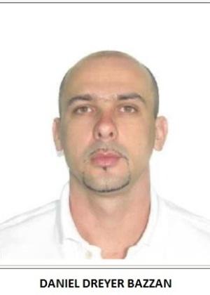 16.jul.2013 - Policial Daniel Dreyer Bazzan é procurado pela polícia, acusado de receber anuidade de R$ 200 mil a R$ 300 mil do tráfico, em troca de venda de informações