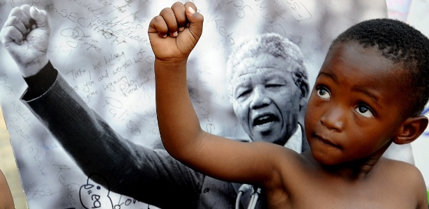 Desde 2010, a ONU (Organização das Nações Unidas) comemora em 18 de julho o Dia internacional em homenagem ao herói da luta anti-apartheid, o Mandela Day - AFP