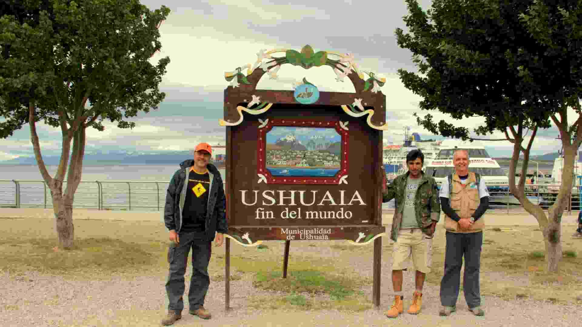 """16º dia: Ushuaia (Argentina) - """"Objetivo alcançado depois de 15 dias na estrada"""" - Arquivo pessoal/Robson Silva Macedo"""