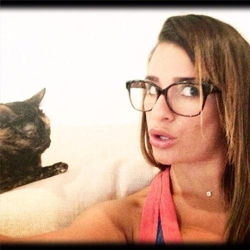 selfie autorretrato no instagram A atriz Lea Michele (@msleamichele), da série ?Glee?,