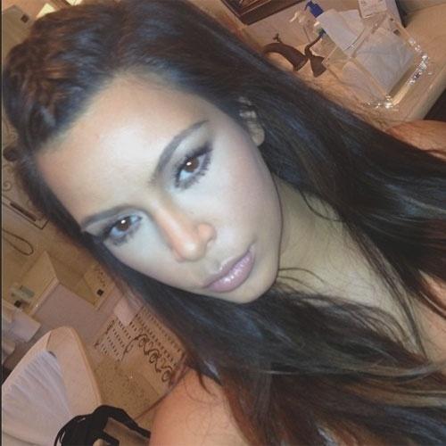 selfie autorretrato no instagram A socialite Kim Kardashian (@kimkardashian)