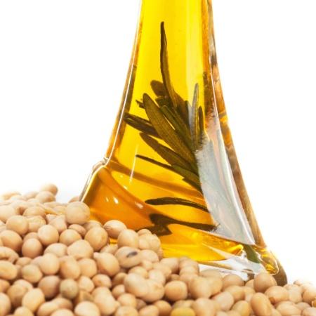 Consumidores e empresas buscam opções para substituir o óleo de soja - Thinkstock