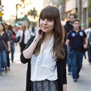 """Giovanna Ferrarezi, 20, tem um blog sobre moda, beleza e estilo de vida no site da revista """"Capricho"""" - Reprodução/Radioactive Unicorns"""