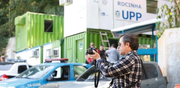 Polícia Civil faz perícia na favela da Rocinha, na zona sul do Rio, para investigar o desaparecimento do pedreiro Amarildo - Ana Branco/Agência O Globo.