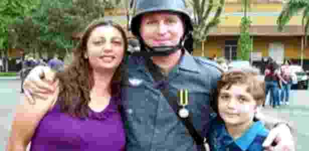 Sargento da Rota, a mulher, que também é PM, e o filho, mortos nesta segunda-feira (5) - Reprodução/Futura Press