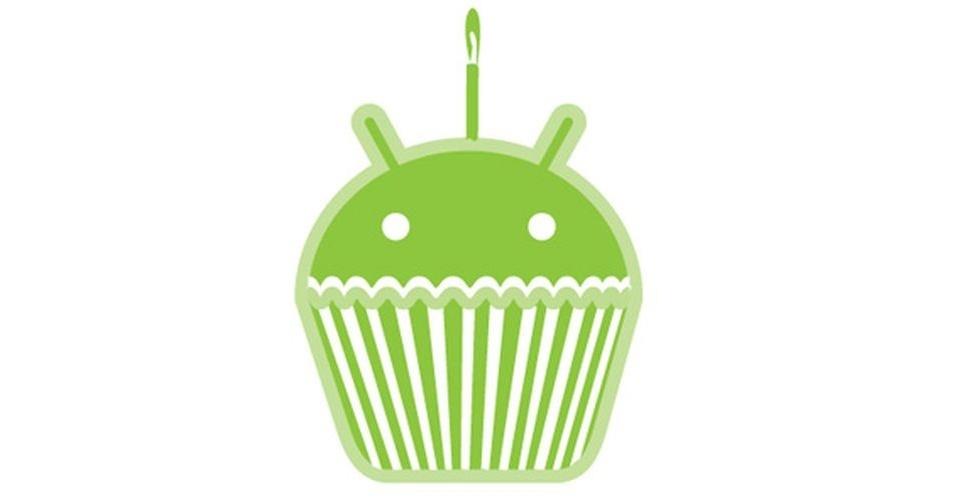 Na imagem, a versão oficial do Android 1.5 Cupcake. Os símbolos das versões do sistema, que são representados por doces, ganharam estilos diferentes nas mãos dos usuários