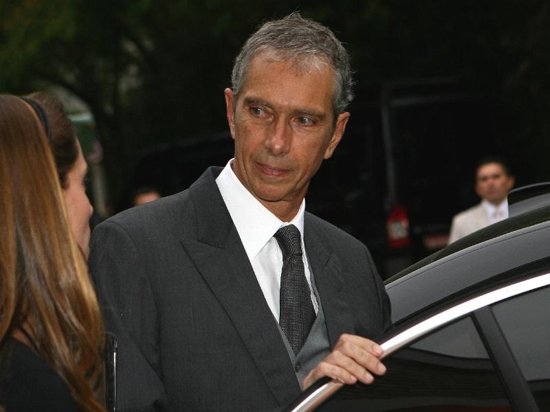 3.out.09 - Carlos Alberto Sicupira,  um dos sócios da InBev, no casamento de sua filha Helena Sicupira com Lucas Roda