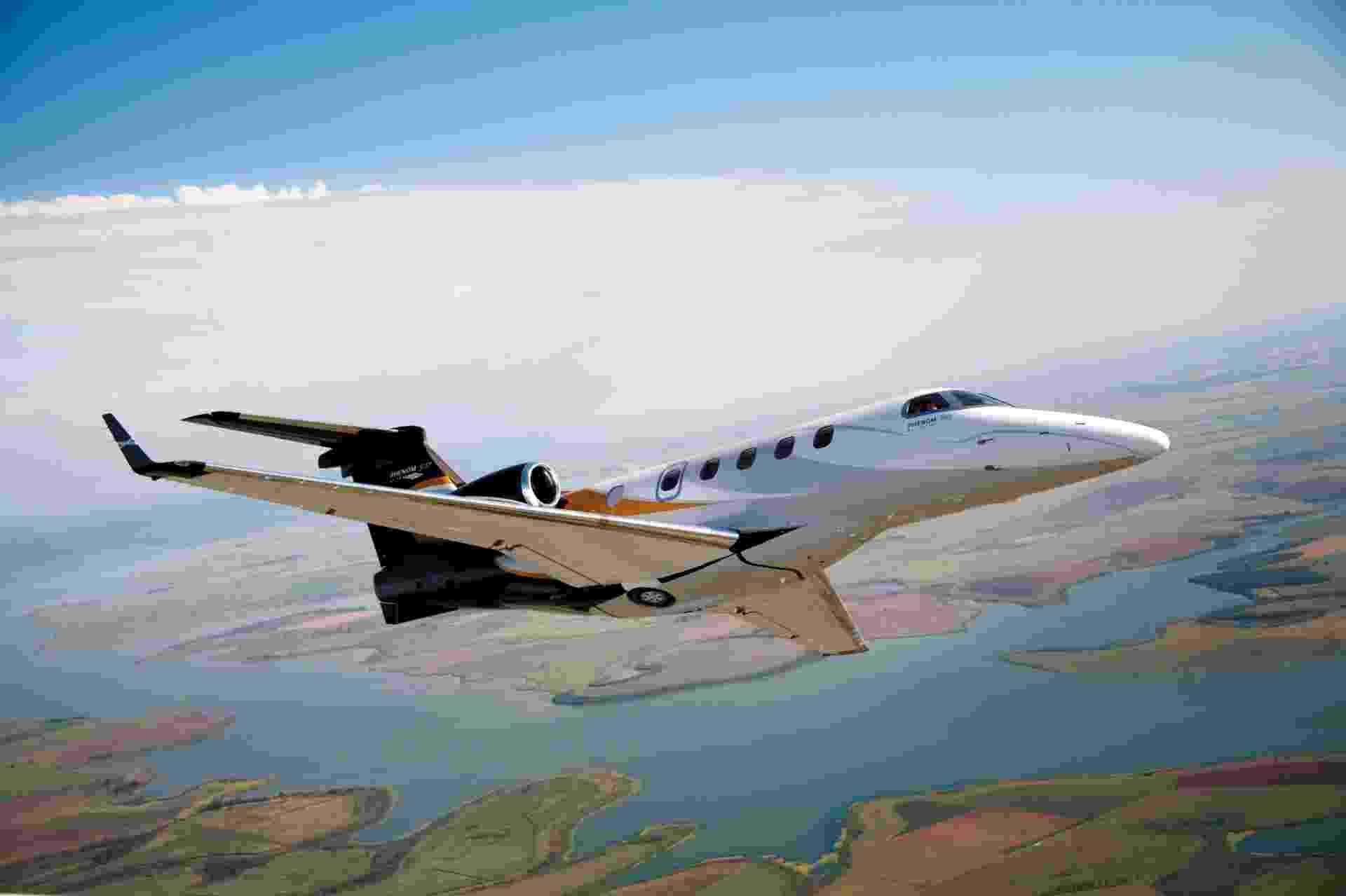 O agronegócio tem puxado as vendas de aeronaves executivas no Brasil; na imagem, o Phenom 300, da Embraer, que custa US$ 9 milhões e é um dos usados pelos fazendeiros - Embraer/Divulgação