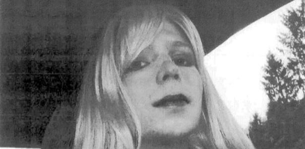 Manning se assumiu como mulher transgênero um dia após receber sua sentença