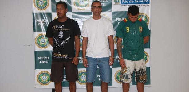 Os três suspeitos foram reconhecidos pelos policiais da UPP - Celso Barbosa/Futura Press