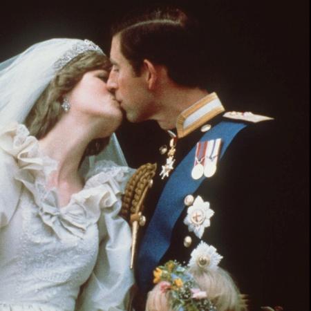 Diana e Charles terão a história contada em nova série de Ryan Murphy - AFP
