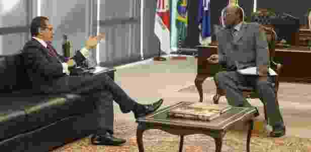 O presidente do STF (Supremo Tribunal Federal), Joaquim Barbosa, recebe o presidente da Câmara dos Deputados, Henrique Eduardo Alves - Fellipe Sampaio /SCO/STF
