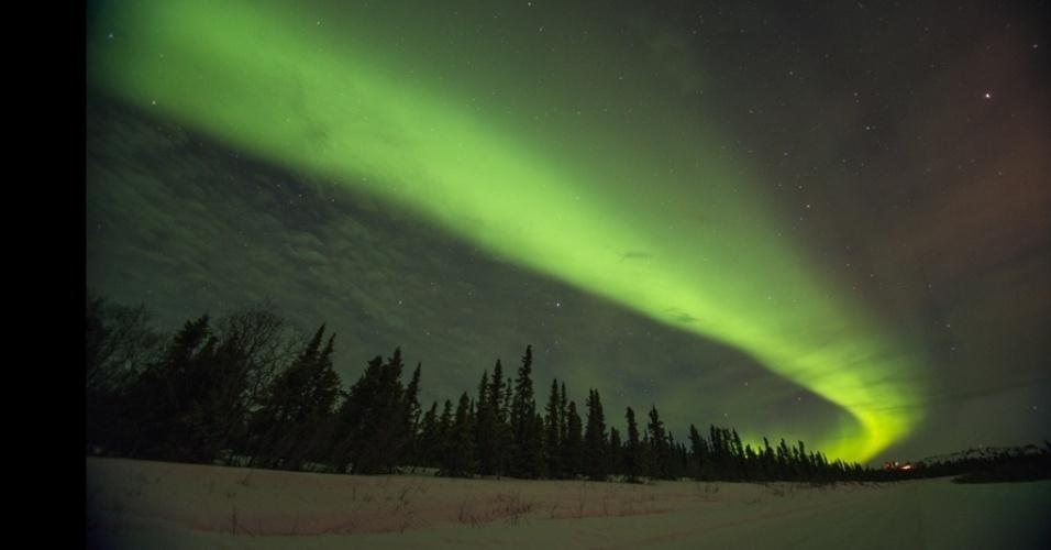 """4.set.2013 - álbum da BBC - """"Eu acho que a aurora boreal é transcedental"""", disse Kazlowski. """"Mesmo quando você vê, não acredita. Ela é inacreditável, até mágica"""""""