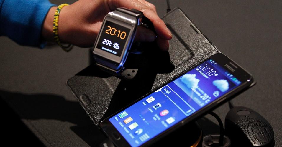O Galaxy Note 3 é compatível com o relógio Gear