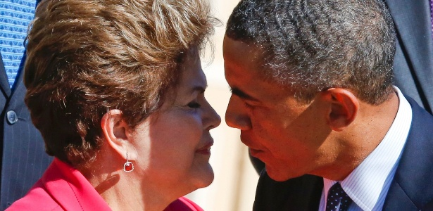 Dilma e Obama se cumprimentam antes de foto oficial dos chefes de Estado na cúpula do G20 - Grigory Dukor/Reuters