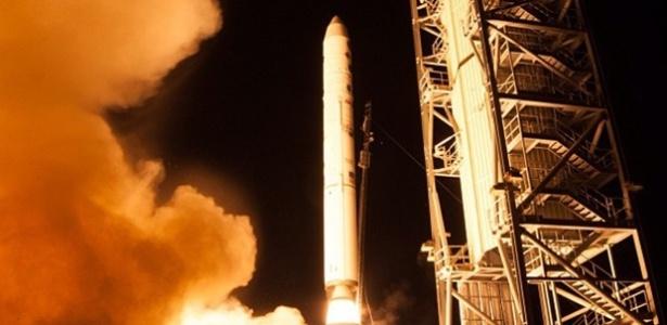 7.set.2013 - A sonda Ladee (Lunar Atmosphere and Dust Ambiente Explorer), da Nasa é lançada do centro espacial Wallops, na costa do Estado americano da Virgínia  - Divulgação/Nasa/Instagram