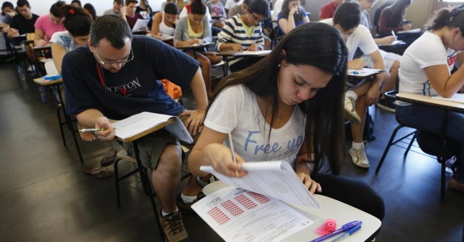 8.set.2013 - Candidatos fazem o segundo exame de qualificação do vestibular 2014 da Uerj (Universidade do Estado do Rio de Janeiro). A prova teve 10,49% de abstenção, do total de 67.702 inscritos