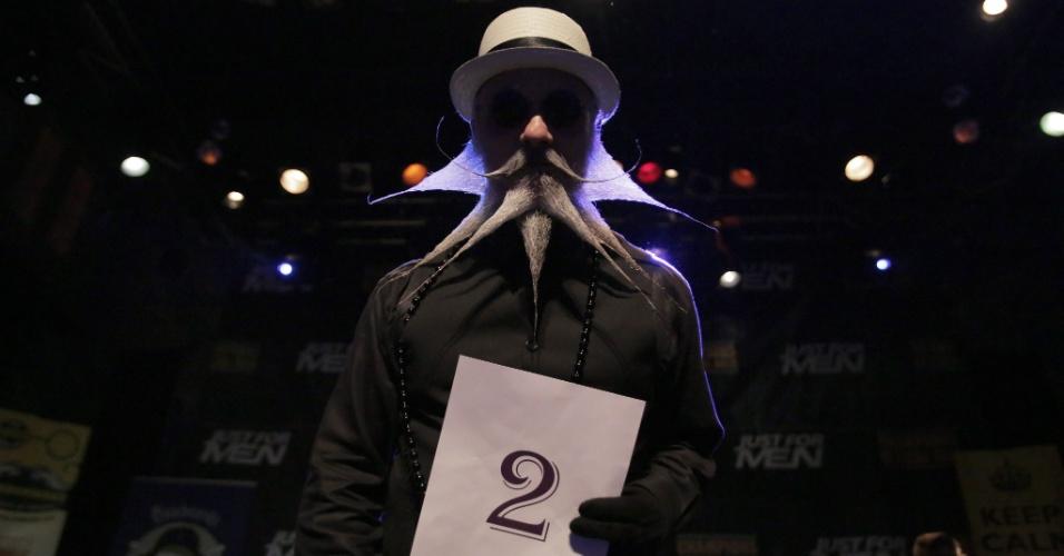 7.set.2013 - Mais de 150 competidores participaram do Campeonato de Barba e Bigode dos EUA, em Nova Orleans, Louisiana, no sábado (7).  Os competidores disputaram 18 categorias, entre elas, barba natural, bigode natural e bigode à Salvador Dalí