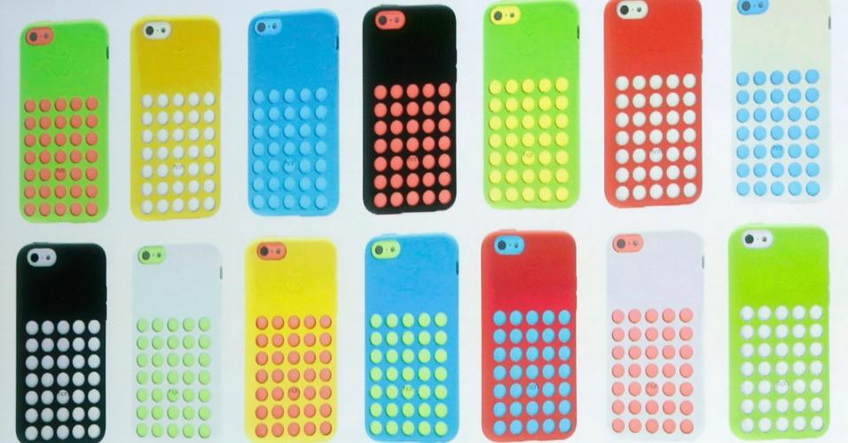 Capinhas disponíveis para o iPhone 5C da Apple. Cada uma delas custa US$ 29 (R$ 87)