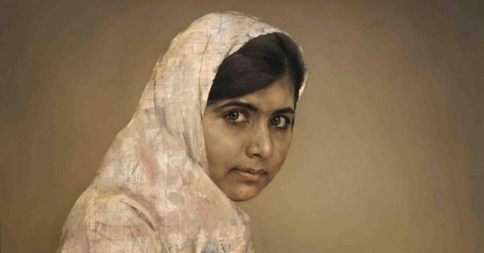11.set.2013 - A jovem ativista paquistanesa Malala Yousafzai, 14, é retratada em pintura do artista britânico Johathan Yeo. A partir desta quarta-feira (11) a imagem ficará em exposição na National Portrait Gallery, em Londres. A garota adquiriu relevância internacional após falar sobre o regime de terror imposto pelos talibãs através de um blog