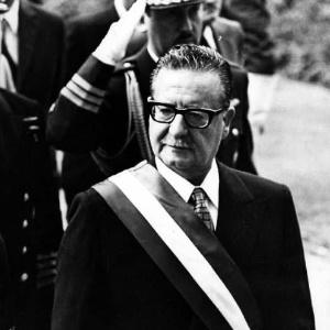 Suprema Corte ratifica que ex-presidente chileno Salvador Allende se suicidou