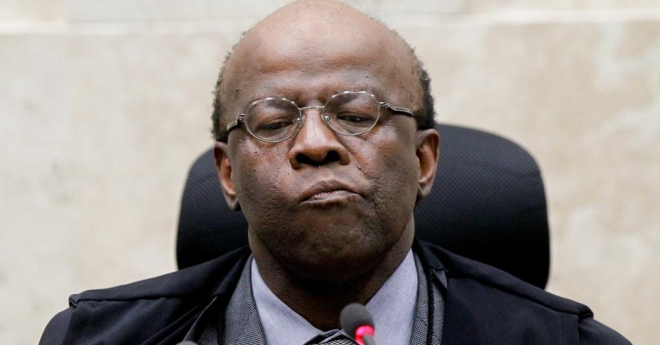 O presidente do STF, Joaquim Barbosa, durante o julgamento dos recursos do mensalão