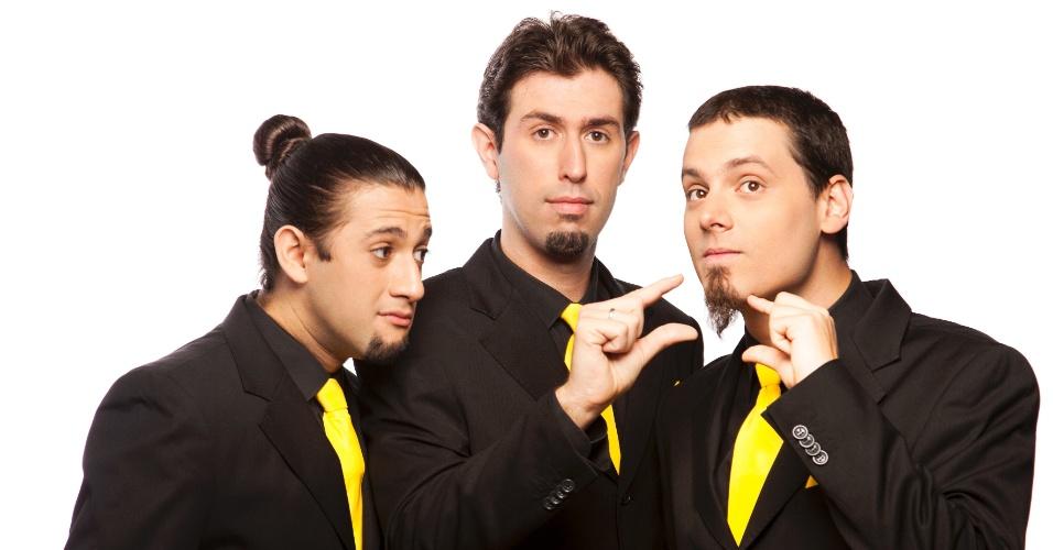 Elídio Sanna, Anderson Bizzochi e Daniel Nascimento, da Cia. Barbixas de Humor