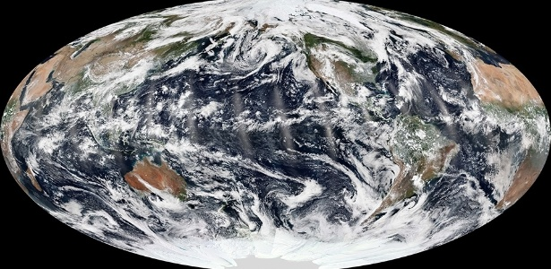 NASA Earth Observatory image by Jesse Allen, using VIIRS data from the Suomi National Polar-orbiting Partnership