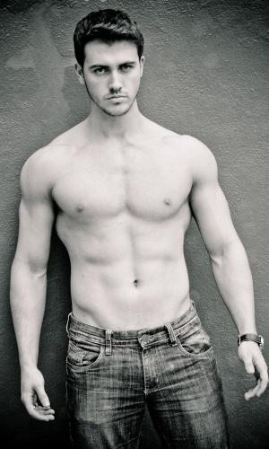Ivoti - Evandro Heinehr (19 anos, 1,80m)